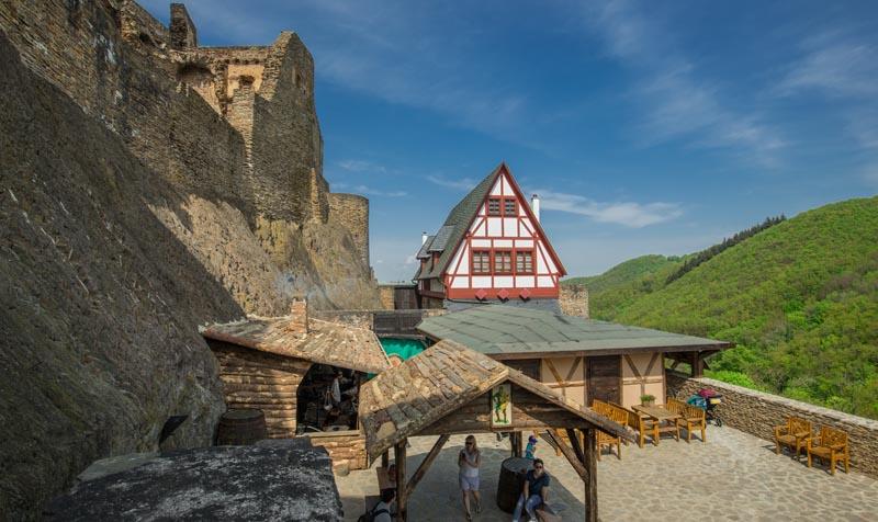 Ehrenburg Brodenbach 52