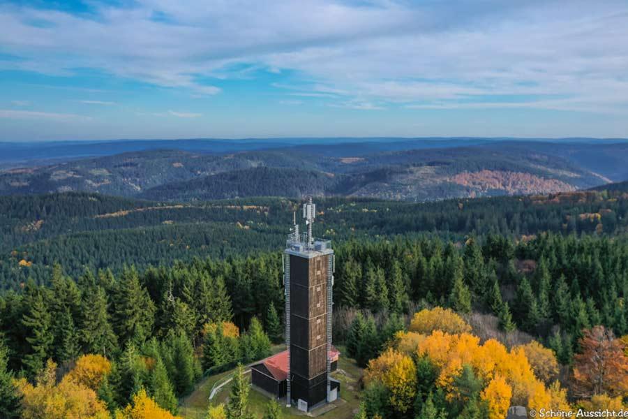 Kickelhahn - Aussichtsturm und Hütte 2